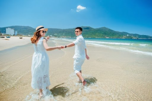 Trang phục du lịch biển Đà Nẵng