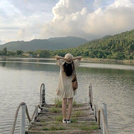 Hồ Bãi Bụt
